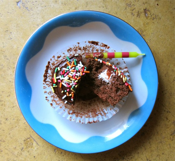 Recipe: Chocolate and marshmallow birthday cupcakes