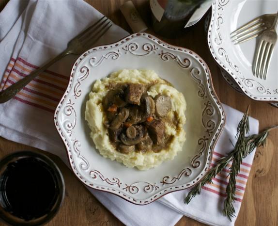 Recipe: Rosemary beef stroganoff
