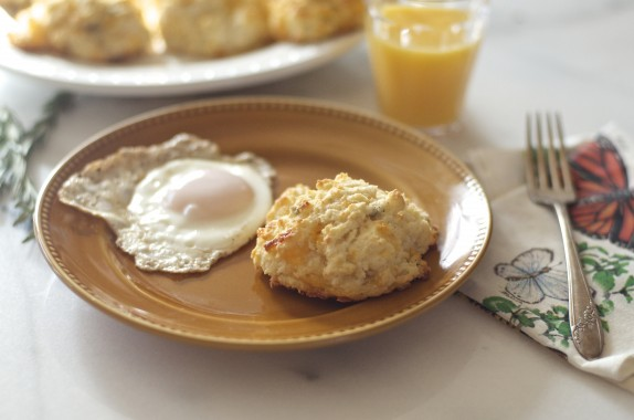 Recipe: Cheddar and rosemary drop biscuits